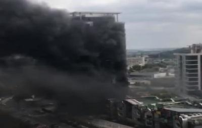 В элитном районе Киева горела новостройка