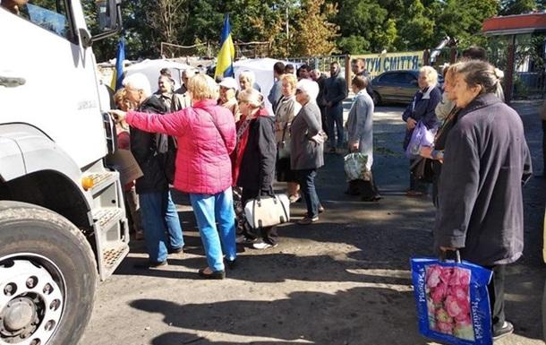 Под Киевом неизвестные блокируют мусорный полигон