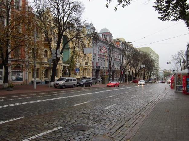 Будь в курсе: на выходных перекроют одну из центральных улиц Киева