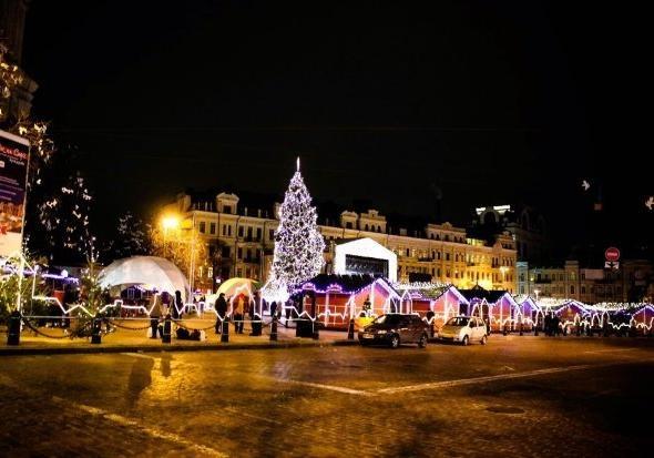 В честь известной художницы: стало известно, каким будет новогодний городок в Киеве