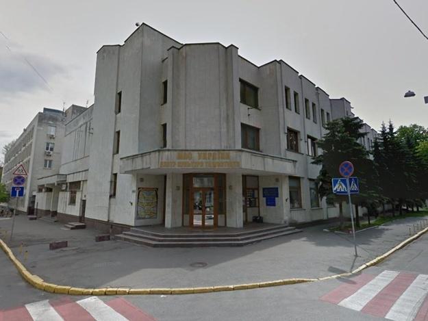 МВД потратит крупную сумму на ремонт туалетов Центра культуры и искусств