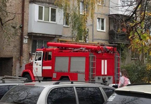 На Отрадном пожарные взламывали двери из-за трупного запаха, но тело так и не нашли