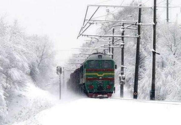 Готовь подарки: «Укрзализнаця» добавила еще 5 поездов на новогодние праздники