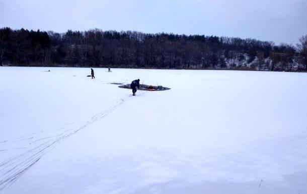 В Киеве в реке Лыбидь обнаружили тело мужчины