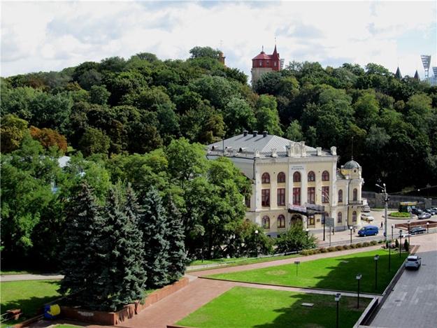 В Киеве поставят памятник погибшим участникам АТО
