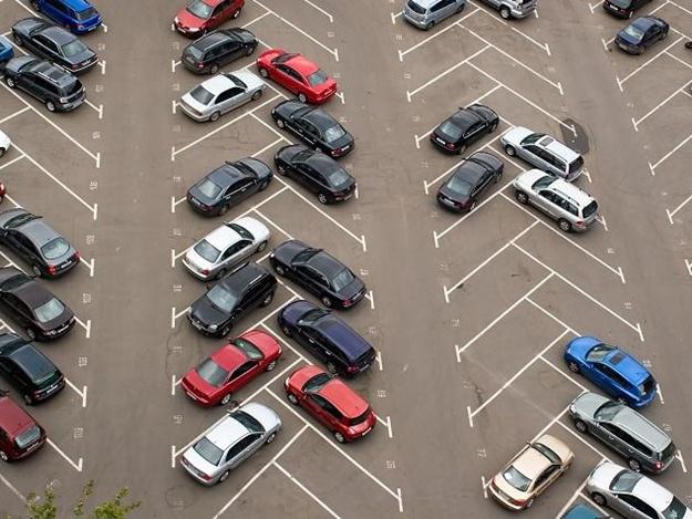 В КГГА считают, что в Киеве нужно повысить плату за парковку