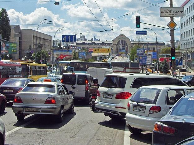 В Киеве увеличат штрафы за парковку в неположенном месте