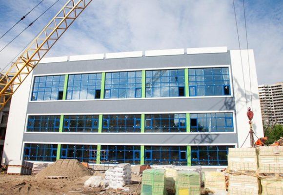 С бассейном и новыми классами: в Киеве откроют новую муниципальную школу