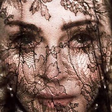 Мадонна представила клип на песню Dark Ballet