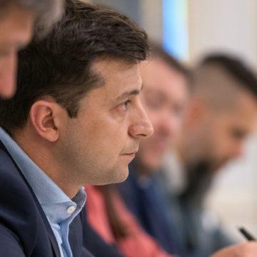 Курс на Запад: как Зеленскому исправить ошибки Порошенко в отношениях с Польшей и Венгрией